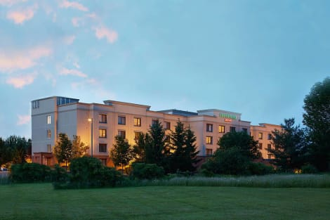Courtyard by Marriott Ithaca Airport/University Hotel