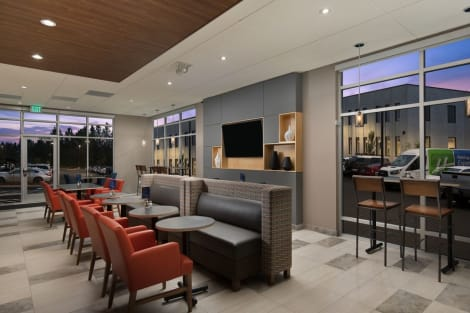 Hotel Holiday Inn Express & Suites PORTLAND AIRPORT