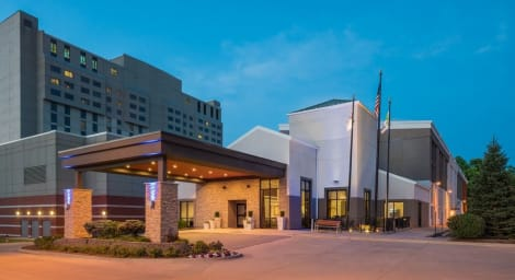Holiday Inn Express Springfield Hotel