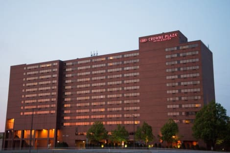 Crowne Plaza Suites MSP AIRPORT - MALL OF AMERICA Hotel
