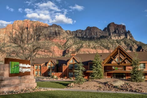 Holiday Inn Express Springdale - Zion National Park Area Hotel