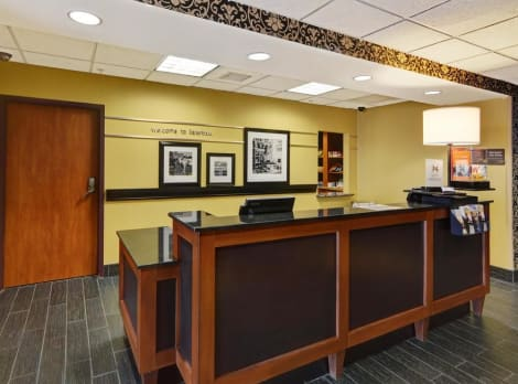 Hampton Inn and Suites Lawton Hotel