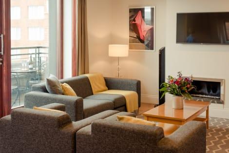 Hotel Premier Suites Plus Leeson Street