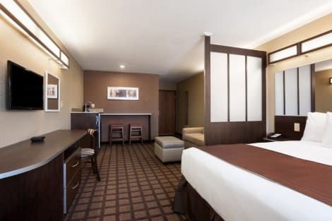 Microtel Inn & Suites By Wyndham Midland Hotel