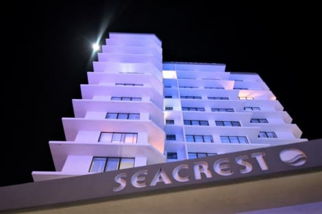 Seacrest Beachfront Holiday Apartments Hotel