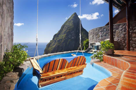 Jade Mountain Resort Hotel (Soufriere) from £1,156