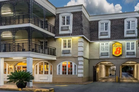 Hotel Super 8 by Wyndham New Orleans