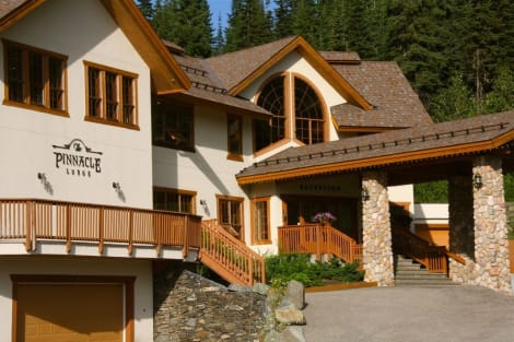 The Pinnacle Lodge Hotel