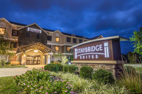Staybridge Suites Kansas City - Independence Hotel