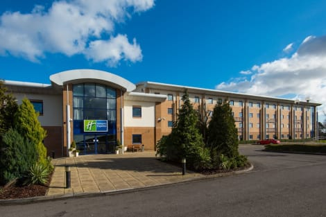 Holiday Inn Express NEWPORT Hotel
