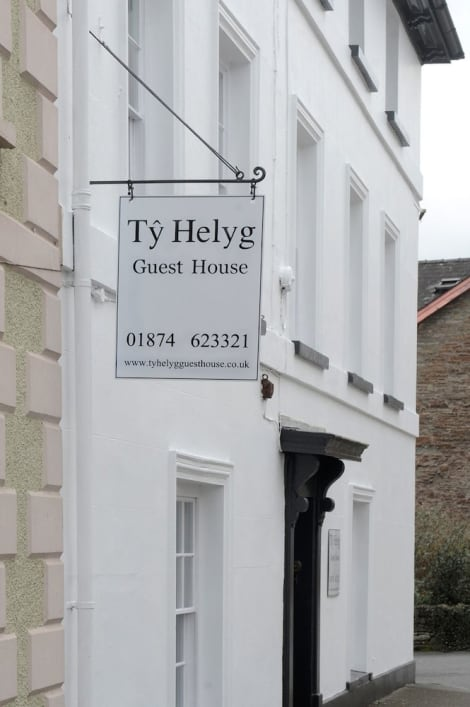 Ty Helyg Guest House Hotel