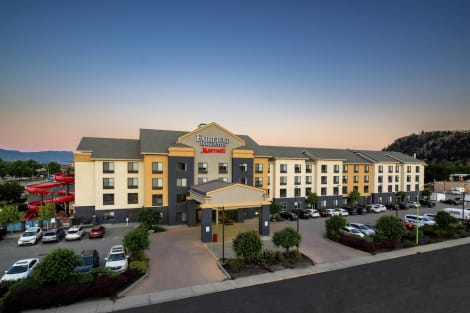 Hotel Fairfield Inn and Suites by Marriott Kelowna