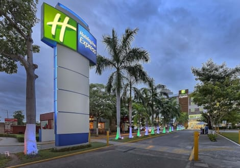 Hotel Holiday Inn Express Villahermosa Tabasco 2000