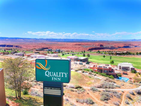 Quality Inn at Lake Powell Hotel