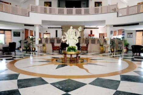 Hotel The Gold Palace & Resorts