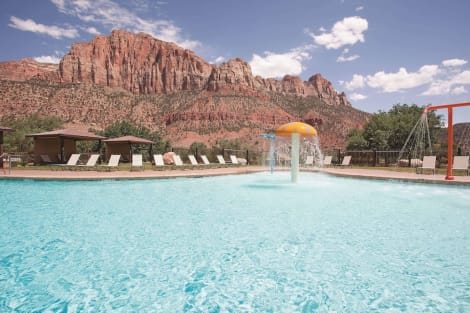 La Quinta Inn & Suites by Wyndham at Zion Park/Springdale Hotel