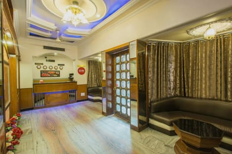 Hotel OYO Rooms Sindhi Camp Bus Stand