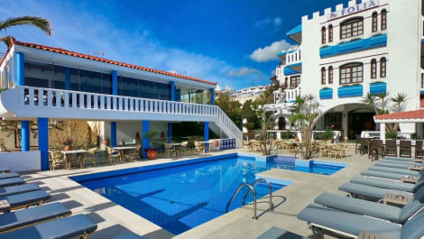 Folia Apartments Hotel