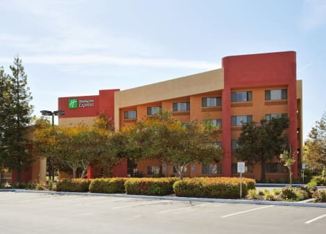 Holiday Inn Express Union City - San Jose Hotel