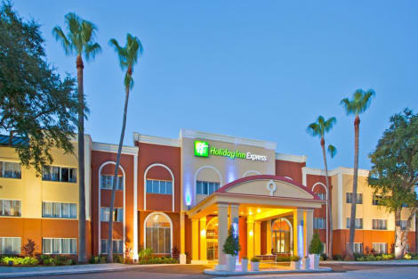 Holiday Inn Express CLEARWATER EAST - ICOT CENTER Hotel