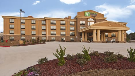 Holiday Inn Express & Suites Jackson / Pearl Intl Airport Hotel