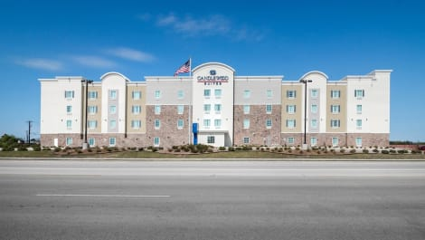 Holiday Inn Express & Suites Waco South Hotel (Waco) from