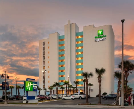Holiday Inn Express & Suites OCEANFRONT DAYTONA BCH SHORES Hotel