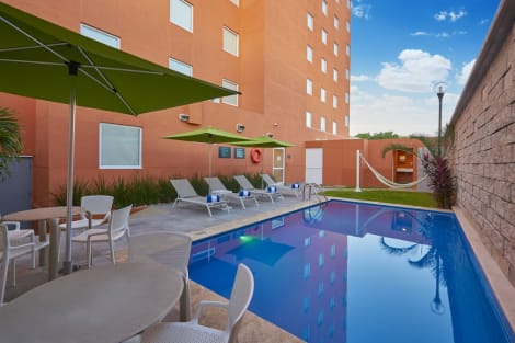 Hotel City Express Junior Merida Altabrisa