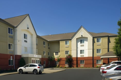 Candlewood Suites Richmond-South Hotel