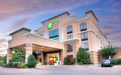 Holiday Inn Express Suites South - Tyler Hotel