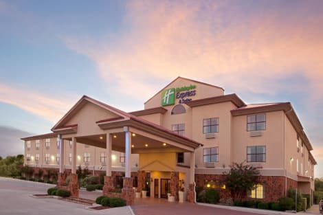 Holiday Inn Express Hotel & Suites Kerrville Hotel
