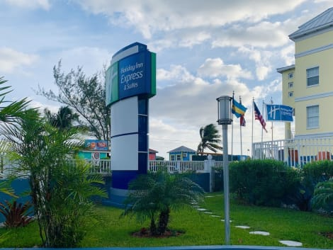 Hotel Holiday Inn Express & Suites NASSAU
