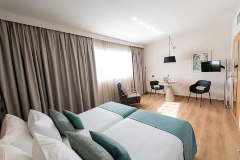 Hotel Aparthotel Atenea Barcelona
