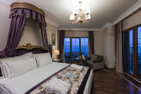 Hotel GLK Premier Sea Mansion Suites & Spa