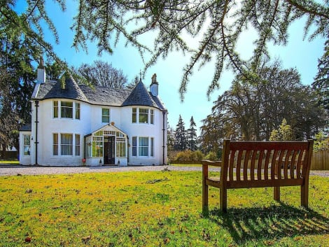 Hotel Drumdevan Country House Hotel