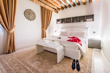 Hotel San Teodoro Palace - Luxury Apartments