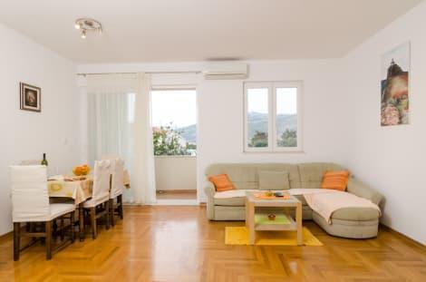 Hotel Apartment Antares