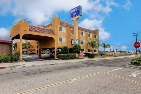 Anaheim Hotels From 42 Cheap Hotels Lastminute Com