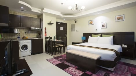 Hotel Travellers Hotel Apartment