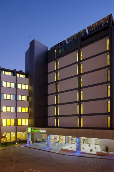 Holiday Inn Express Lisbon Airport Hotel