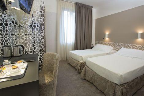Hotel Berna - ¡wifi & Minibar Gratis!