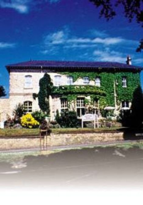Hotels Close To York Racecourse