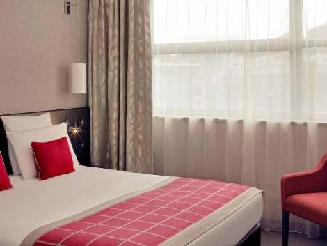 h tels clermont ferrand partir de 67 h tels pas chers. Black Bedroom Furniture Sets. Home Design Ideas