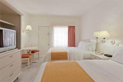 HotelHoliday Inn Express CANCUN ZONA HOTELERA