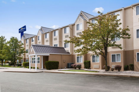 Hotel Microtel Inn by Wyndham Louisville East