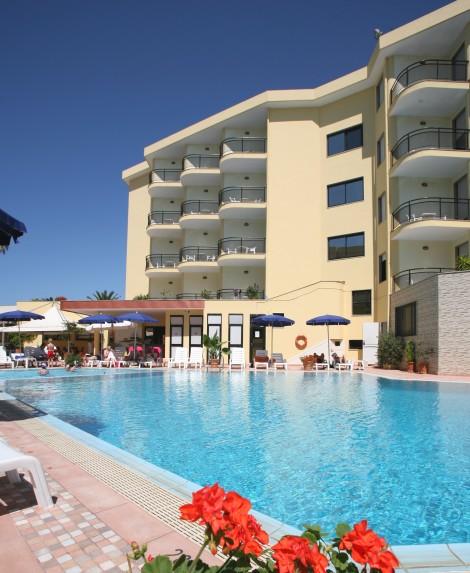 HotelRina Hotel & Residence