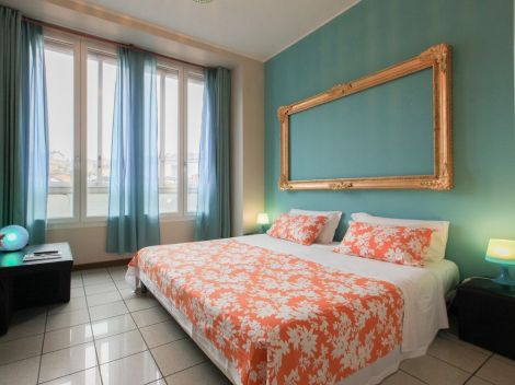 Hotel Residence House Aramis Down Town