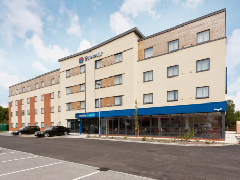 Travelodge Winnersh Triangle Hotel