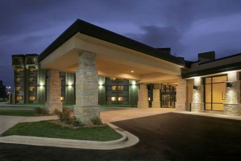 Hotel Crowne Plaza Milwaukee Airport