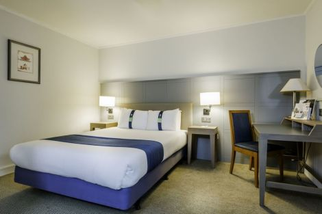Holiday Inn Milton Keynes - Central Hotel